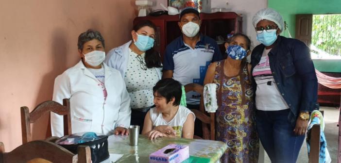 Visita domiciliar dos profissionais de saúde na comunidade de Jacarequara e Bairro Santa Terezinha